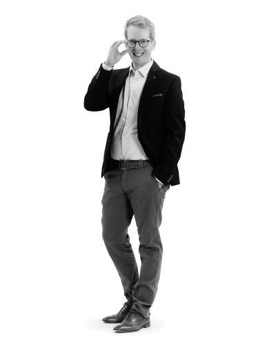"""""""Wir legen alles auf den Prüfstein. Denn nur penibles Arbeiten führt zur perfekten Strategie und zur besten juristischen Lösung."""" Mag. Andreas Schwaighofer"""